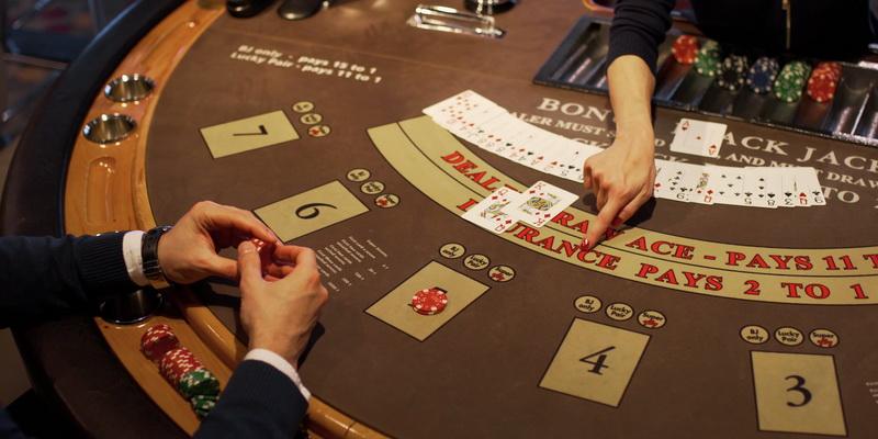 Azartiniai lošimai ir priklausomybė - neatsiejami dalykai